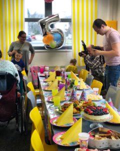Příprava oslavy narozenin